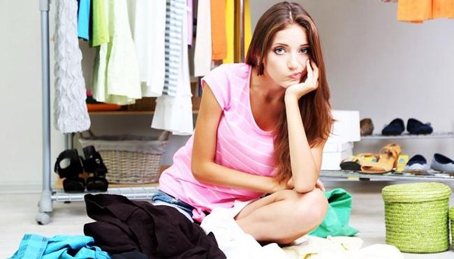 Cách khử mùi hôi ẩm mốc trong tủ áo quần trong những ngày ẩm có thể bạn chưa biết