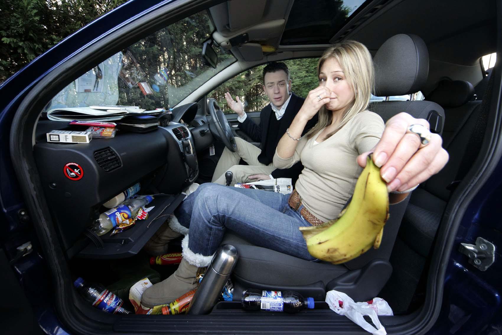 Khử mùi nấm mốc nội thất xe ô tô đơn giản hơn bạn nghĩ